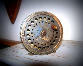 Antique centrepin fly reel