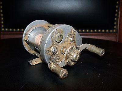 1753 Pflueger Supreme Baitcast Cub No. 2542