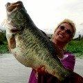 Manabu Kurita with the new World Record Largemouth Bass from Japan