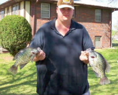 Crappie Pictures, The Crappie King Catching an Ice Chest Full of Panfish while Freshwater Fishing