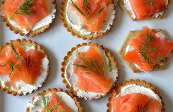 smoked salmon lox appetizers