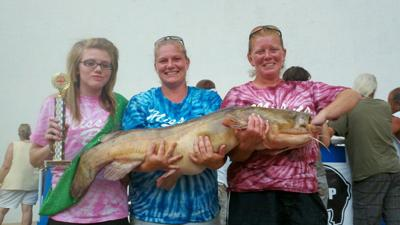 Top females in the Okie Noodling Tournament